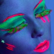 Neon Feather Eyelash 3
